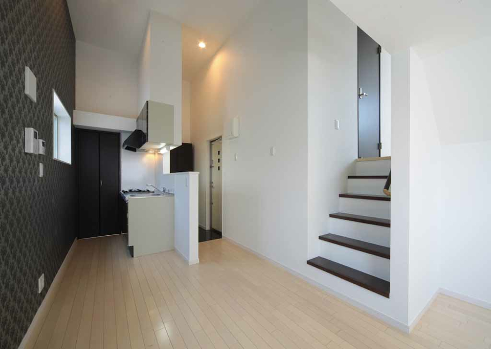 投資アパート White Hills West21