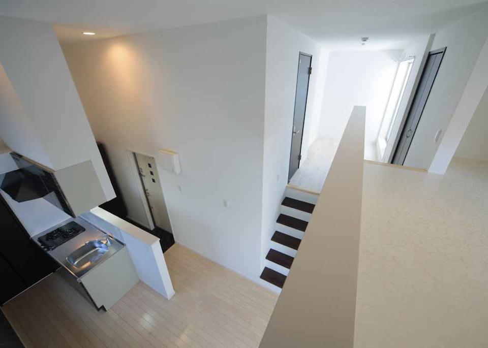 投資アパート White Hills West24