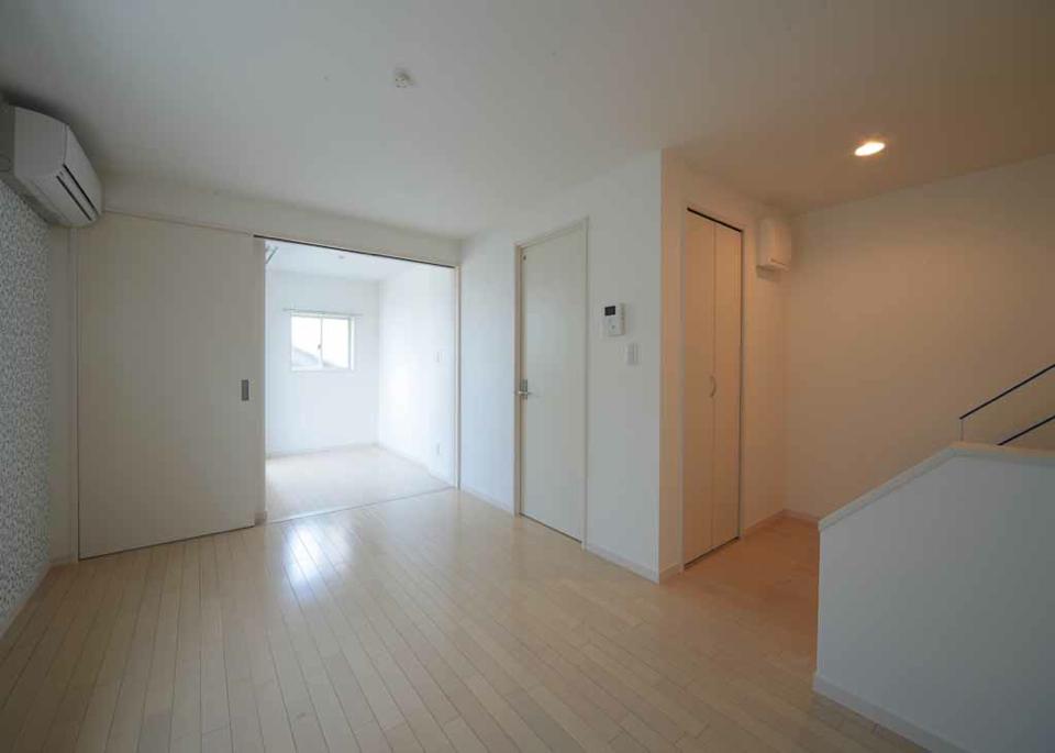 投資アパート White Hills West25
