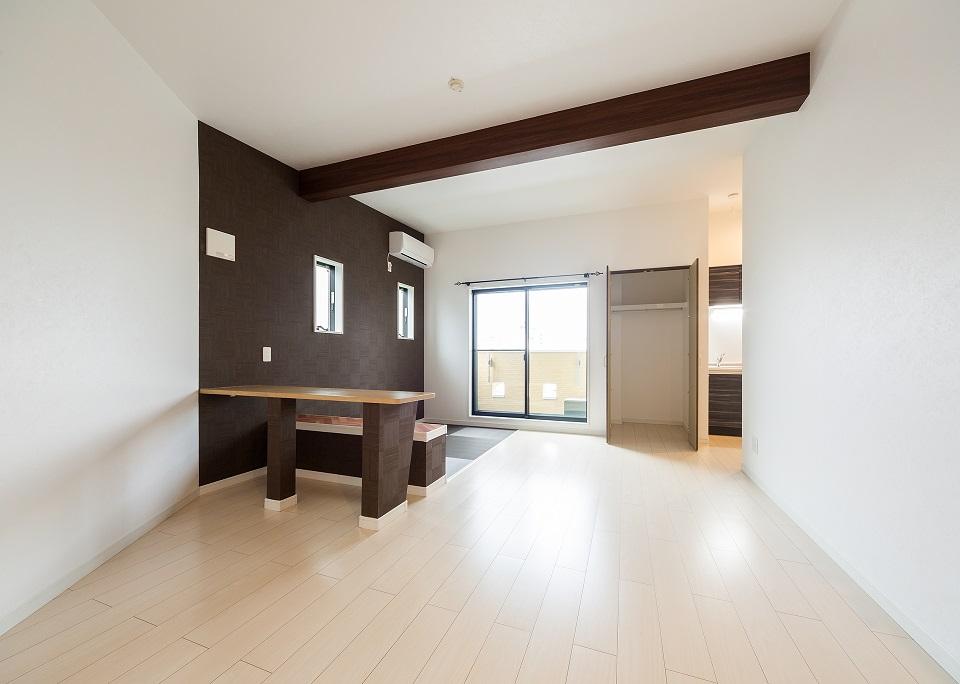 投資アパート RadIAnce大江24