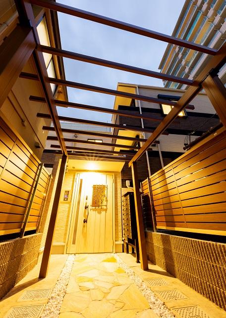 投資アパート RadIAnce神宮前5